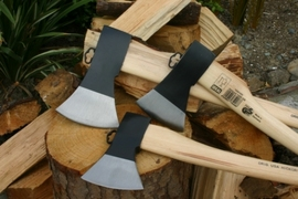Idealspaten Axe with Hickory Handle